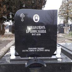 Nadgrobni Spomenici 032