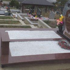 Nadgrobni Spomenik 67